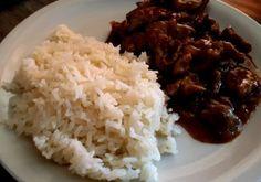 Reis mit Soja-Sesam Geschnetzeltes - Kochfantasien Kochrezepte Blog Wok Sauce, Tempeh, Blog, Stay At Home Mom, Browning, Rice, Meat, Chef Recipes, Food Food