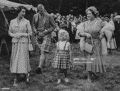 Young Queen Elizabeth, Elizabeth Philip, Princess Elizabeth, Princess Margaret, Princess Charlotte, George Duke, King George, Lady Ann, Prince Phillip