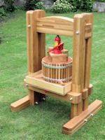 apple cider press -- Aigars Roze