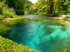 spring water | ... Spring - 25 m deep fresh water - photo by J.Kaman - Travel-Images.com