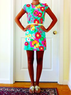 """Lilly Pulitzer """"Garden by the Sea"""" print Sarafina dress with skinny gold belt and Jack Rogers. PRESH!!!"""