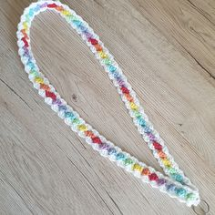 Ravelry: Rainybow lanyard - free crochet pattern by Sarah Lawson / Thistle Do Creations Crochet Lanyard, Crochet Cord, Crochet Hook Sizes, Double Crochet, Crochet Hooks, Free Crochet Bag, Crochet Mask, Crochet Gifts, Beaded Lanyards