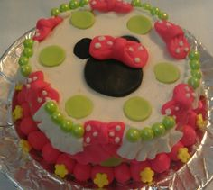 Minnie Mouse 1st birthday smash cake