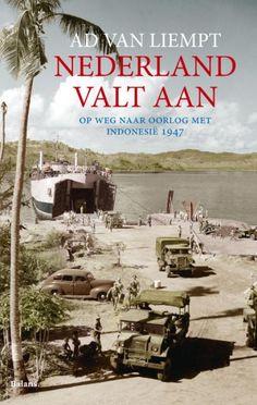 boek over de hele oorlog, en hoe Nederland zich overgaf.