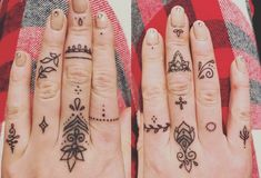 More pretty finger doodle by Fliquet Renouf of stained nation , jersey