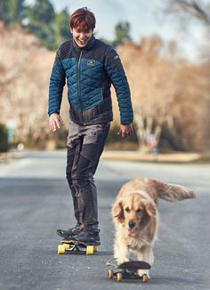 This coming fall and winter, Lee Min Ho will be reveling in the outdoors with his pooch(es) without a worry about the dipping temperatures because he'll be cozy while looking trendy in EIDER&… Jung So Min, Korean Star, Korean Men, Asian Actors, Korean Actors, F4 Boys Over Flowers, Jun Matsumoto, Hong Ki, Teenager Mode