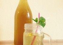 Domácí mátový sirup i pre diabetikov Hot Sauce Bottles, Cantaloupe, Food And Drink, Fruit, Drinks, Diabetes, Syrup, Drinking, Beverages