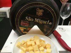 Wine in Azores - provas de queijo S. Miguel