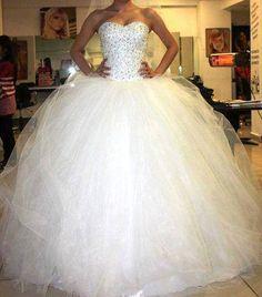 soo pretty!! i want this to b my wedding dress