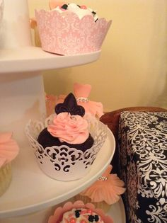 Addison & Emily's Parisian Ballerina Party......actual pics from their party