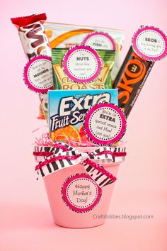 Fun and creative MOTHER'S DAY gift idea - FREE downloadable tags