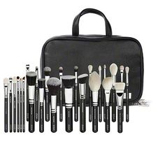 Zoeva Makeup brushes and cosmetic bag.. so in love with this.. <3 okay...start collecting money xD
