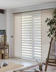 Find Models Suitable Curtains For Your Home Patio Door Curtains, Dining Room Curtains, Tulle Curtains, Home Curtains, Modern Curtains, Curtains With Blinds, Panel Curtains, Cortina Roller, Home Interior