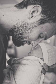 Papa's slechte humeur heeft invloed op je kinderen, meer dan je misschien denkt… #famme www.famme.nl
