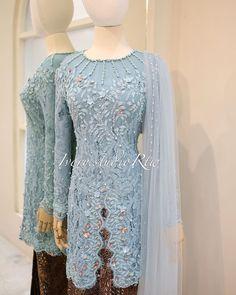 Model Kebaya Modern, Diy And Crafts, Bridesmaid, Gowns, Engagement, Formal Dresses, Wedding, Art, Fashion