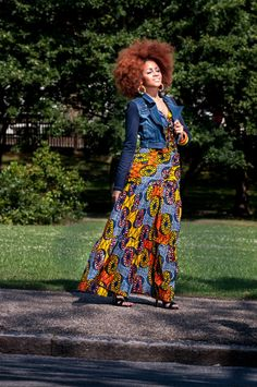 African Print Maxi Dress 4 zanjoo, lookbook, peeks, afro hair, afro, natural hair, female fashion, black girls, african wax print , yellow, blue , orange, colourful accessories, bangle, earrings , jean jacket, cropped denim jacket