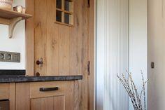 Landelijke deur met raampje