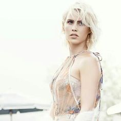new old Claire Holt outtakes for Who What Wear AU Claire Holt, Vampire Diaries The Originals, Who What Wear, Camisole Top, Barbie, Legs, Tank Tops, Face, How To Wear