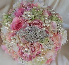 CLASSIC PETAL Brooch Bouquet Elegant by Elegantweddingdecor