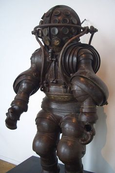 Armored diving suit from 1878. Returning to the surface was obviously only a remote secondary consideration!