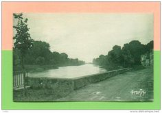 CPA  FRANCE  17  -  SAINT-SAVINIEN  -  15257  La Charente à Saint-Savinien  ( Ramuntcho 1928 )