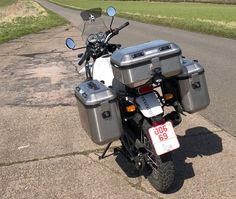 Givi Panniers for Himalayan Enfield Motorcycle, Motorcycle Style, Himalayan Royal Enfield, Enfield Classic, Dual Sport, Performance Parts, Sport Bikes, Hd Images, Engine