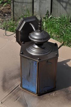 The best paint to use when painting exterior light fixtures it revamping old brass light fixtures with spray paint workwithnaturefo