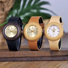 Men and Women Wooden Quartz Watch —-> $ 37.99 & Virtually FREE Shipping Tag a friend who would love this! #menwatches #mywatchplus #womenwatches #qualitywatchesformen #watchesforwomen #menwatchesoriginal #luxurywatches Wooden Watches For Men, Watch Gift Box, Wooden Boxes, Quartz Watch, Fashion Watches, Band, Leather, Accessories, Roman Numerals