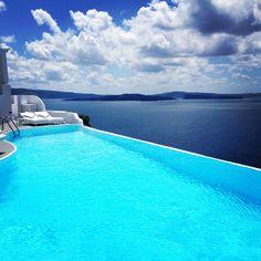 KATIKIES Hotel Santorini | Stunning view from Katikies Hotel infinity pool!