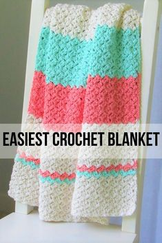 Easy Crochet Blanket for Beginners - Crochet Dreamz,This simple and quick baby blanket crochet pattern is perfect for beginners. The textured stitch will look like you put a lot of effort into making th. Crochet Afghans, Motifs Afghans, Striped Crochet Blanket, Crochet Motifs, Crochet Throws, Crochet Blanket Stitches, Easy Crochet Blanket Patterns, Crocheted Baby Blankets, Crochet Baby Blanket Patterns