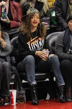 In Honor of March Madness, See the Best Celebrity Courtside Style. #rihanna #celebrity #style