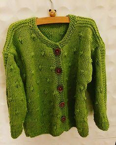 #cotton #cardigan Vraag mij, ik brei   #tegendonatie #NAH #breiNwerk #breien  #knitting #kinderkleding #kidswear #homemade #withlove #knitwear  #nietaangeborenhersenletsel #knittersofpinterest #nahproject #breipatroon #breieninopdracht #wol #wool #naturalmaterials Instagram @brei_n_werk
