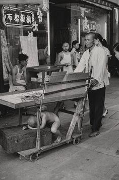 Henri Cartier-Bresson - Shanghai, China 1949