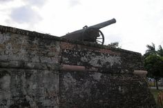 Fort Cornwallis. Penang. Great cannons guarding Fort Cornwallis date back as far as the 17th century.