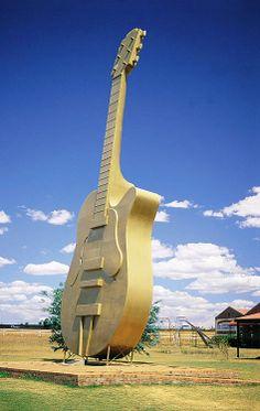 Giant Guitar. Tamworth, NSW, Australia