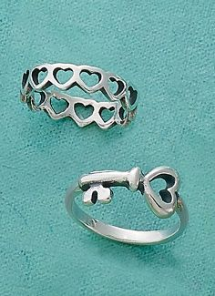 Victoria Kay White Diamond Crown Ring in Sterling Silver, Size 7 - Top Drawer Jewelry Gun Jewelry, Heart Jewelry, Jewelry Accessories, Avery Jewelry, Friend Jewelry, James Avery Bracelet, James Avery Rings, Rose Gold Jewelry, Sterling Silver Jewelry