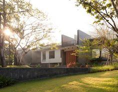 FOUNDSPACENZ — Terrace House, Kaoyai - Openbox Architects