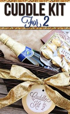 DIY Make your own Cuddle Kit for Two! It's quick, easy, AND romantic!  Plus, it comes with a darling, free printable gift tag.  Doesn't get much better than that! #datingdivas #datenight #cuddlekit #chocolates #movies #champagne #romance Great Gifts, Creative Gifts, Cute Gifts, Gifts For Her, Holiday Gifts, Christmas Gifts, Xmas, Christmas Baskets, Christmas Decor
