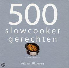 De naam van het boek zegt het eigenlijk al, je kunt veel inspiratie halen uit dit kookboek met maar liefst 500 Slowcooker recepten.