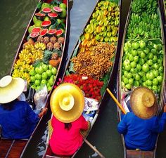 Floating Market, Thailand. Published by @olayseven in Instagram
