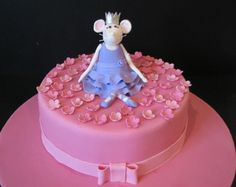 Ballerina Mouse Cake by phillipascakes, via Flickr