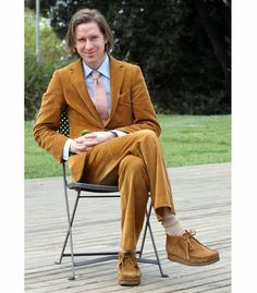 Wes Anderson and the Importance of the Corduroy Suit. Terno Casual, Casual Suit, Nerd Fashion, Fashion Trends, Punk Fashion, Lolita Fashion, Fashion Boots, Wes Anderson Style, Latest Mens Fashion