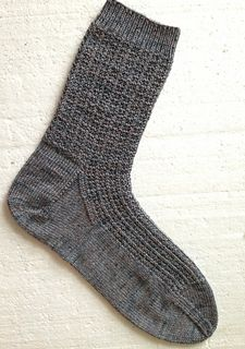 man's dress sock from KnittingSuzanne on Ravelry ~ top-down with a heel flap and knit in a bamboo Fingering Knitted Socks Free Pattern, Knitting Socks, Knit Socks, Knit World, Vogue Knitting, How To Purl Knit, Dress Socks, Crochet Scarves, Men Dress