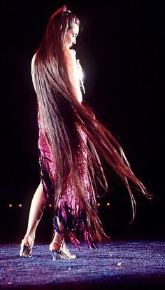 Singer Crystal Gayle and her super long hair.