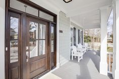 Porch. Beach House front porch. Shingle beach house front porch. Inspiring beach house front porch. #Porch #BeachHouse #BeachHousePorch #FrontPorch