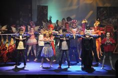 Children from a Chipperfield primary school rocked out in the final of a performing arts competition.