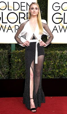 Sophie Turner Dress: Louis Vuitton 74th Golden Globe Awards, Golden Globes, Game Of Thrones Outfits, Hollywood, White Gowns, Red Carpet Looks, Red Carpet Dresses, Celebrity Dresses, Sophie Turner
