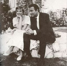 julie andrews sound of music | Julie Andrews & Christopher Plummer in The Sound of Music | Icons