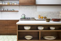 birch plywood kitchen with european walnut veneered cabinets routed handle detail Walnut Plywood, Spray Paint Cabinets, Painting Cabinets, New Kitchen Inspiration, Light Oak Floors, Plywood Kitchen, Walnut Kitchen, Shaker Kitchen