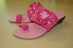 pink crochet sandal, really comfy